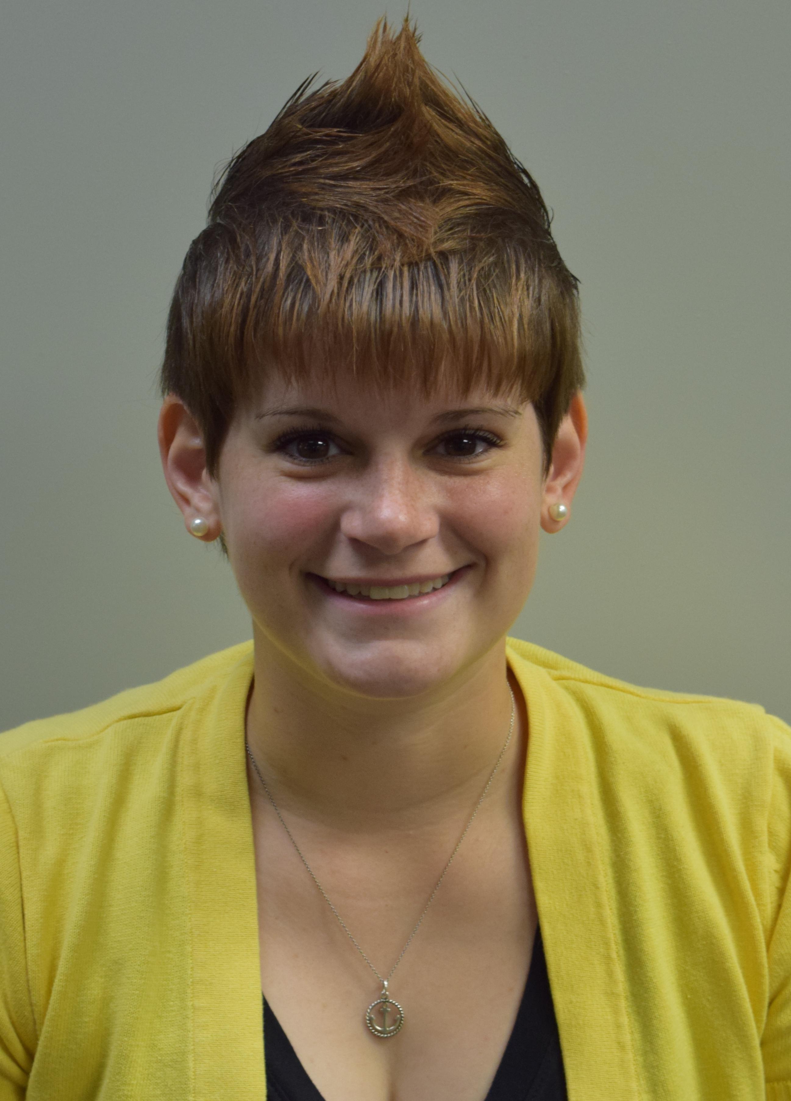 Amber Hatten : Sports editor