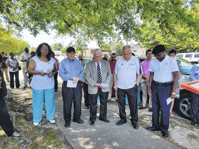 Scotland clergy, leaders pray for unity, families | Laurinburg Exchange
